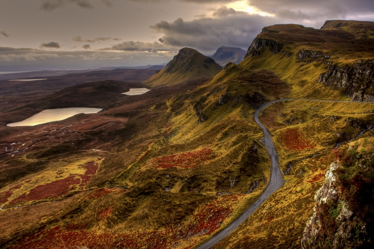 landscapes-of-mountains-road-and-valleys