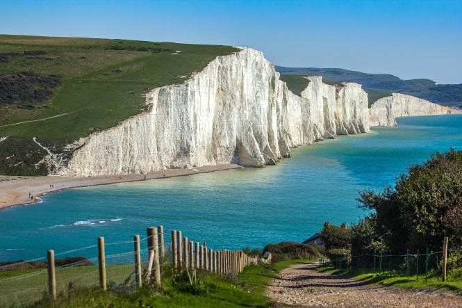 seven-sisters-coastline-in-england